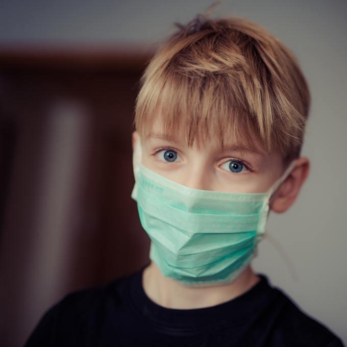 boy-wearing-surgical-mask-695954.jpg
