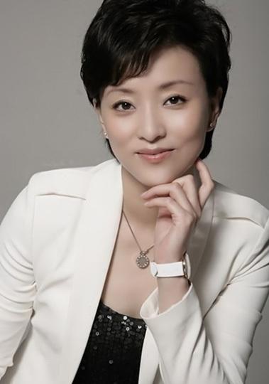 黄圣依 张庭 杨澜 财貌双全 美女CEO