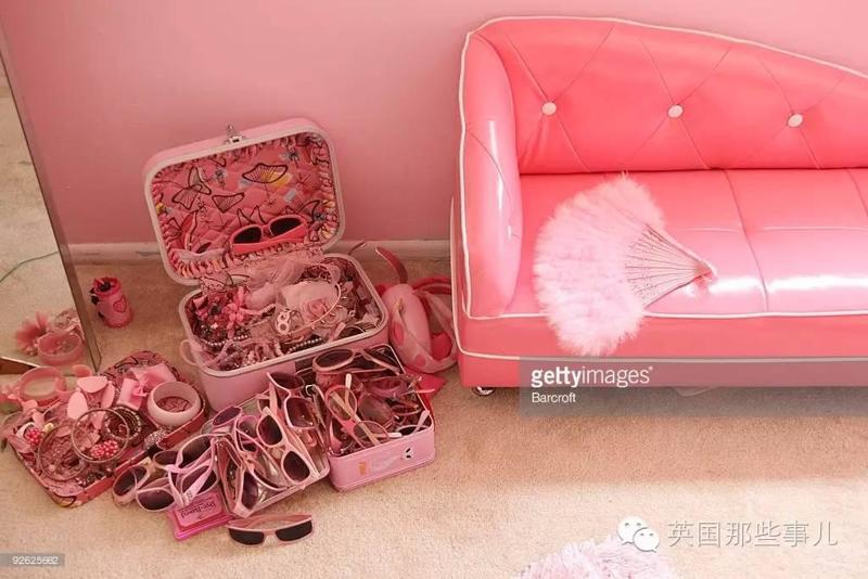 世界上最粉的人 狂爱粉色 粉色狂