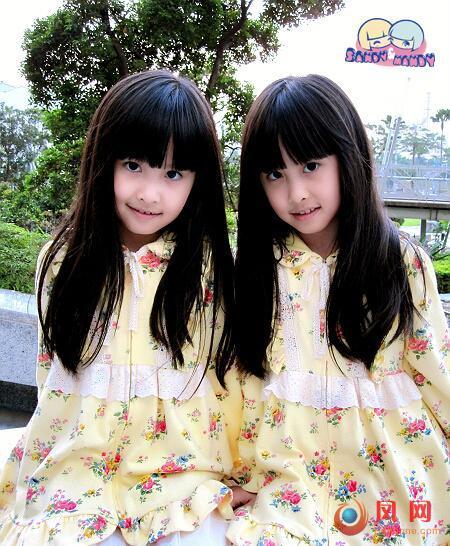 """台湾双胞胎近照_台湾人气双胞胎近照曝光 被封""""最美天使"""""""