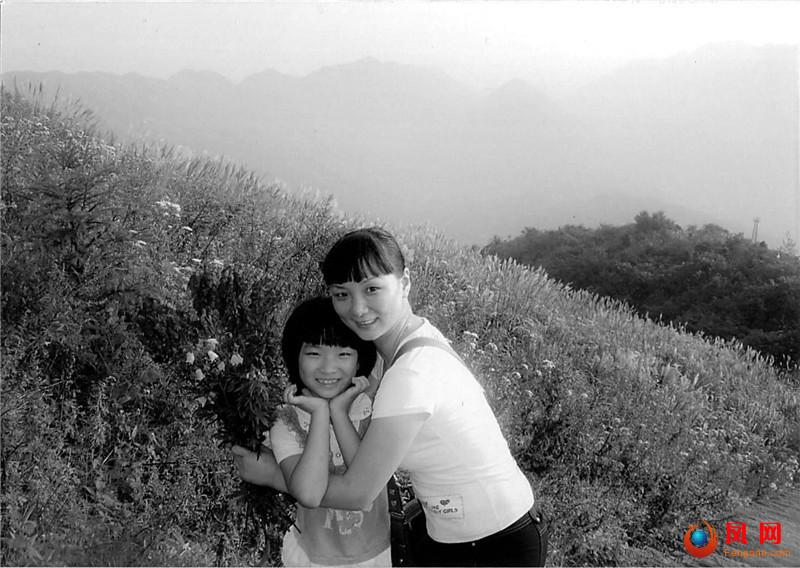 双镜头  影像记  新中国成立70周年 成长 母女