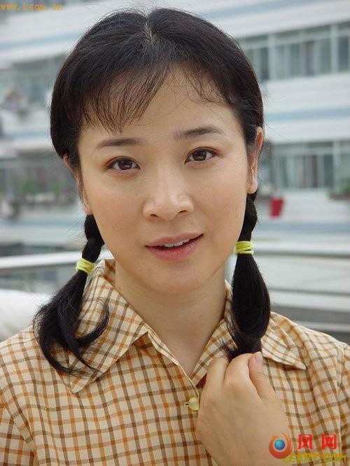 陈小艺:先教儿子做人 在家是只纸老虎