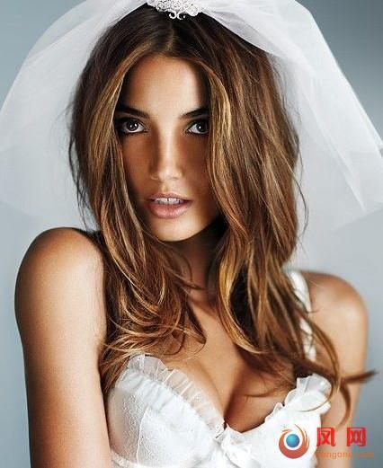 超模 半裸 最性感新娘 婚纱