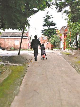骑行 儿童走失 看世界