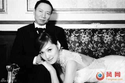 """台剩女争嫁大陆富豪 舆论鼓励""""剩女西游"""""""