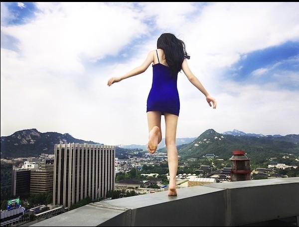 韩女摄影师玩命自拍 摄影 自拍角度 忧郁 性感身材 女文艺青年