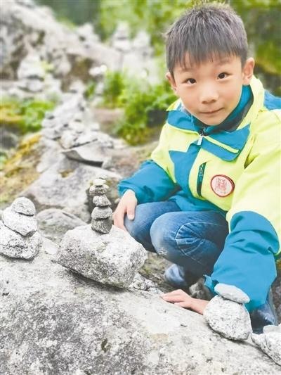 8岁男孩在海螺沟失联